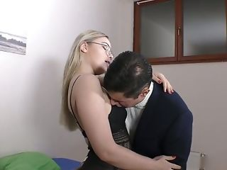 Blonde In Glasses Selvaggia Gives Her Head And Licks Plums
