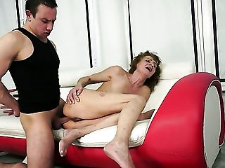 Blonde Puts Her Sugary Lips On Dudes Rock Hard Schlong