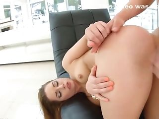 Jenny Glam Is Having Xxx Assfucking, Because She Likes To Earn Money Like That