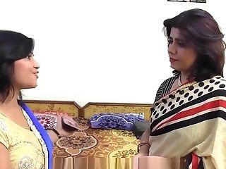 Maa Aur Mausi Ka Girl/girl Fucky-fucky Aur Ladka Dekha Rahahai