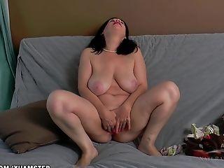 Nina Frigs Her Big Hairy Puss