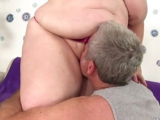 Fat Matures Sandy-haired Lady Lynn Gets Her Round Vag Railed To Perfection