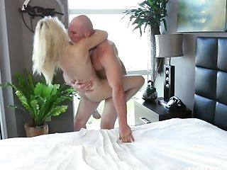 J Mac Fucks Petite Blonde Goldie Rush And Makes Her Fuck-hole Opened Up