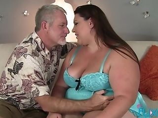 Bbw Bella Bendz Best Blowage With Hot Facial Cumshot Ending On Her Pretty Chubby Face