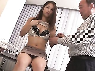Mummy Satomi Suzuki With Gigantic Jugs Groans As She Faux-cocks Her Fuck Slot