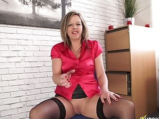 Curvy And Sexy Blonde Cougar At Work Flashes Her Booty Upskirt On Webcam