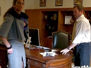Big Tits Latina Mummy Hunter Bryce Gets Kinky In The Office